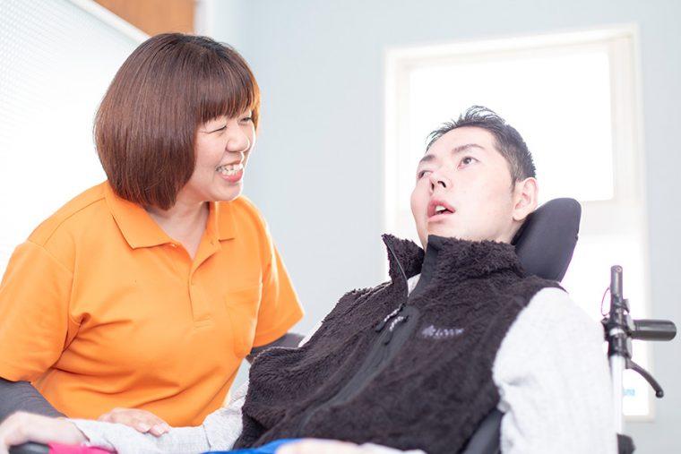 1.難病重度の身体障がい者(児)のケア提供ができる